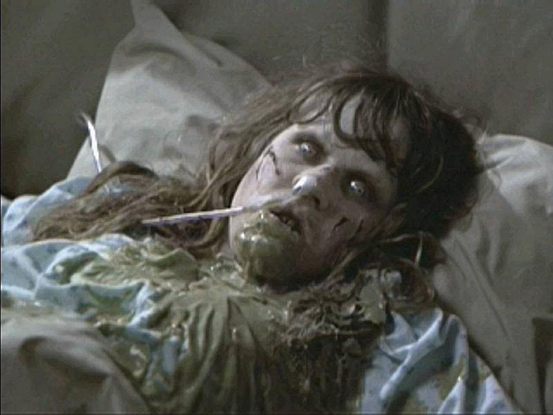 Scary Movie 2 Exorcist Girl